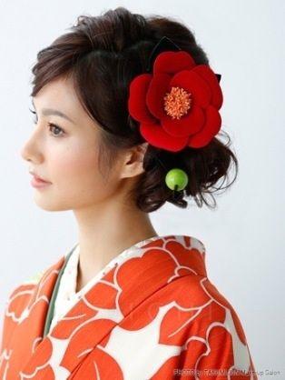 成人式♡振袖に似合う上品な髪型カタログ【ロング編】|MERY [メリー]