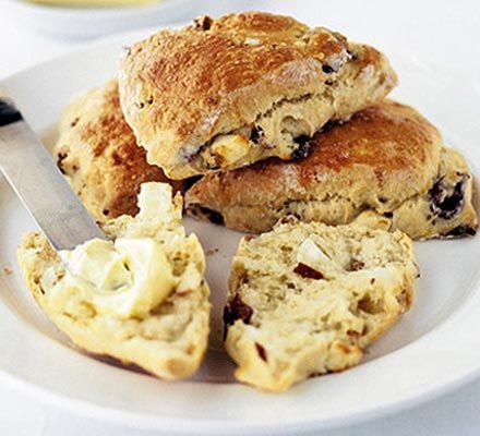 Mediterranean scones - savoury scones with sundried tomatoes, feta cheese and kalamata olives - wow!