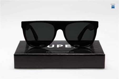 Super Flat Top - Black #retrosuperfuture #supersunglasses #sunglasses #supertr