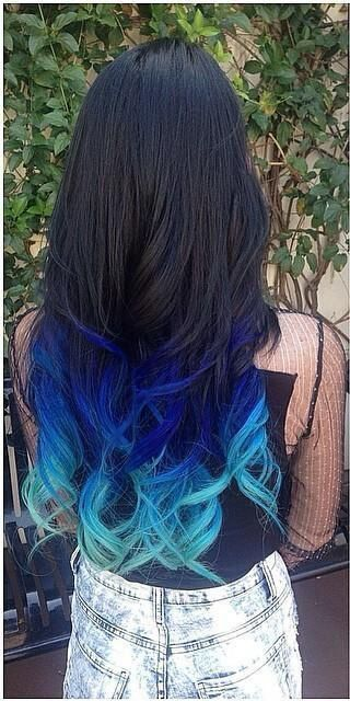 I wish I was brave enough to have this amazing black to blue ombre hair <3