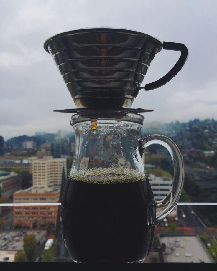 Утро может быть хорошим - просто добавь кофе! #pourover #coffee