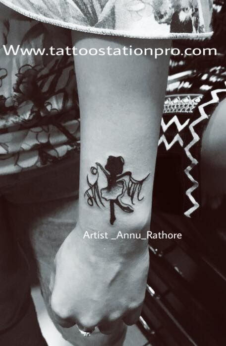 Maa paa tattoo design!! #annu_rathore #artqueenshop #theannuart#beautiful #maapaa❤️ #uniqe #annu_rathore😊😊  Tattoo station & academy  More info_8982418566