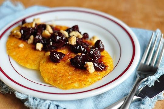 A Healthy Breakfast: Mark Bittman's Cornmeal Pancakes — Recipe Review