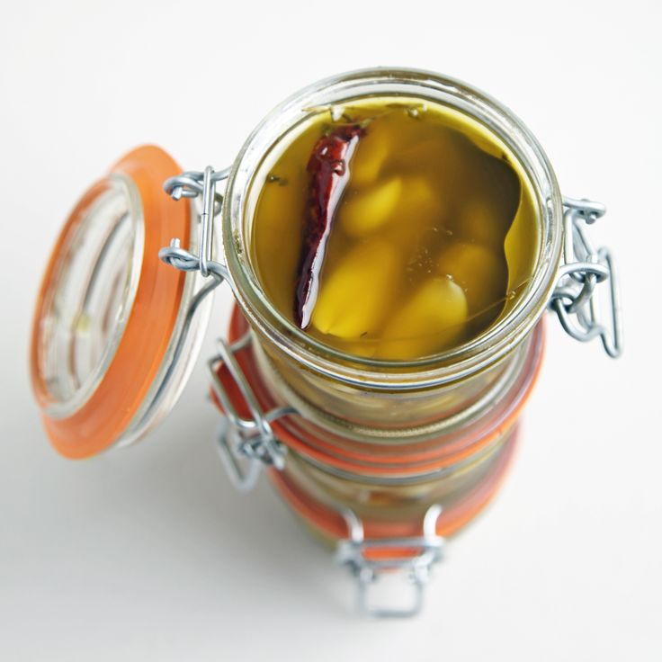 12 Days of Edible Gifts: Garlic Confit