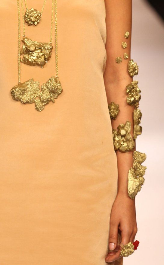 Eina Ahluwalia | Forgotten Gold | Alchimia /  school of contemporary jewellery in Florence
