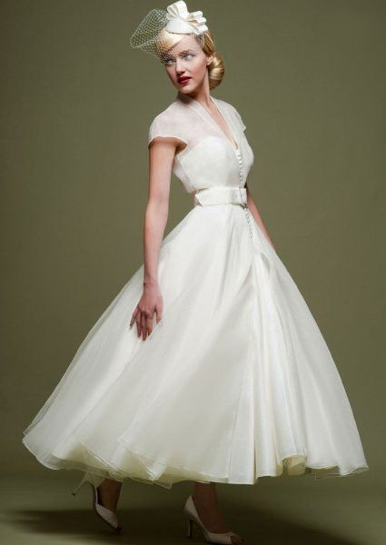 1940s v-neck cap sleeve with sleeves calf short wedding dress with ribbon bow