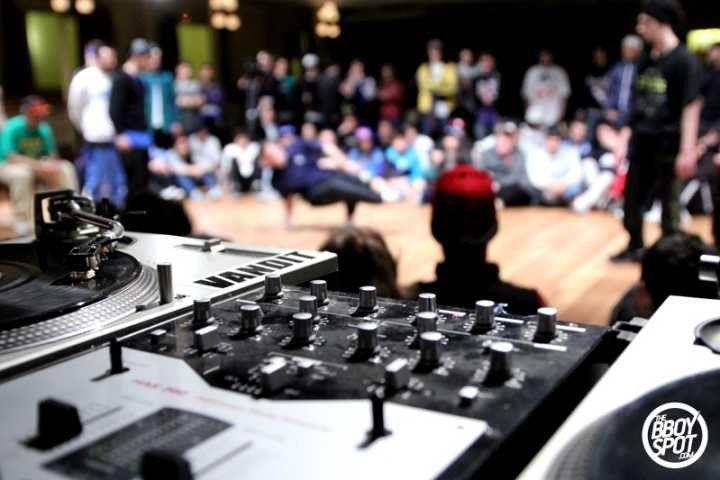 'Semana do Hip-Hop' ocupa BH com muita pedrada musical e arte