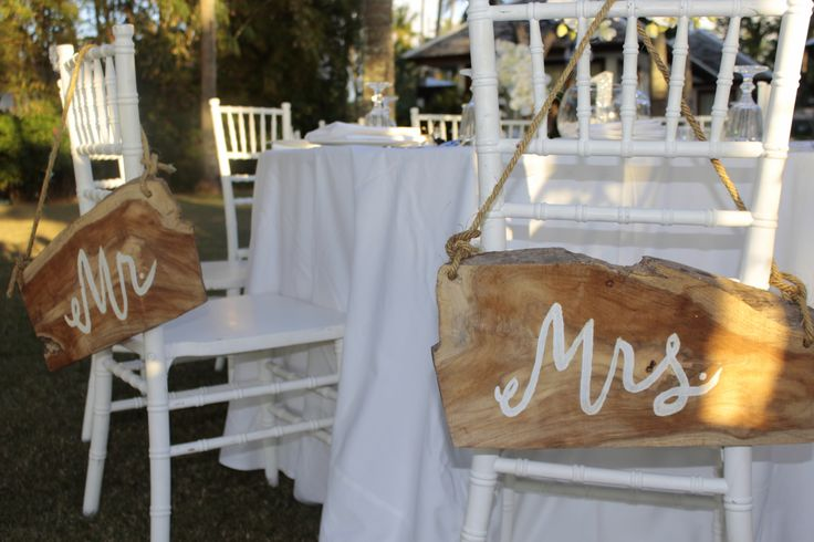 Mr & Mrs wooden signs for bridal table