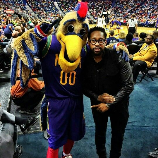 PJ at the Smoothie King Center in New Orleans  #love #pjmorton #neworleans #smoothiekingcenter #basketball #love #maroon5 #music #m5 #222