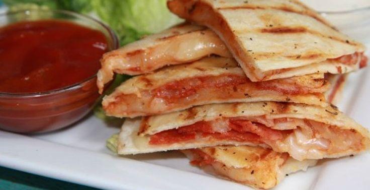 Pizza-quesadilla-recept-budgi