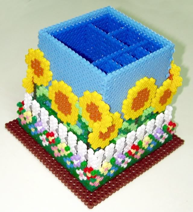 Pencil holder hama beads by alfons05 - https://de.pinterest.com/pin/374291419013696220/