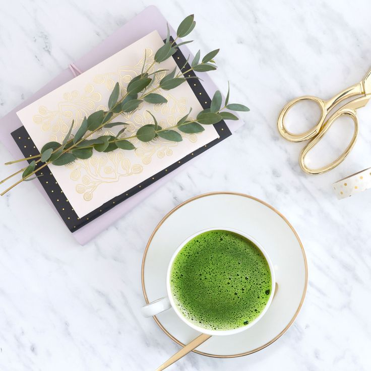 Nothing beats a hot cup of #matcha to give you the boost you need to get out of bed these cold mornings ❄🍵💚  https://www.justmatcha.co.za   #justmatcha #matchagreentea #matchalove #winteriscoming #matchaholic #matchaaddict #matchasouthafrica #healthsouthafrica #energyfordays