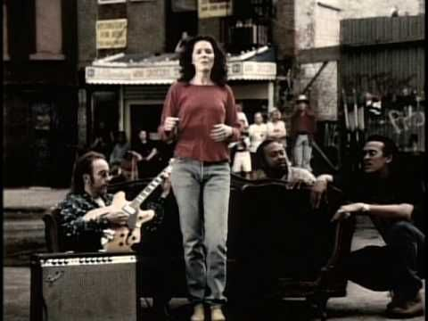 Edie Brickell - Good Times: The Very First Music Video I Watched On The Internet. Love, Love, Love it and never forgot it. ;)