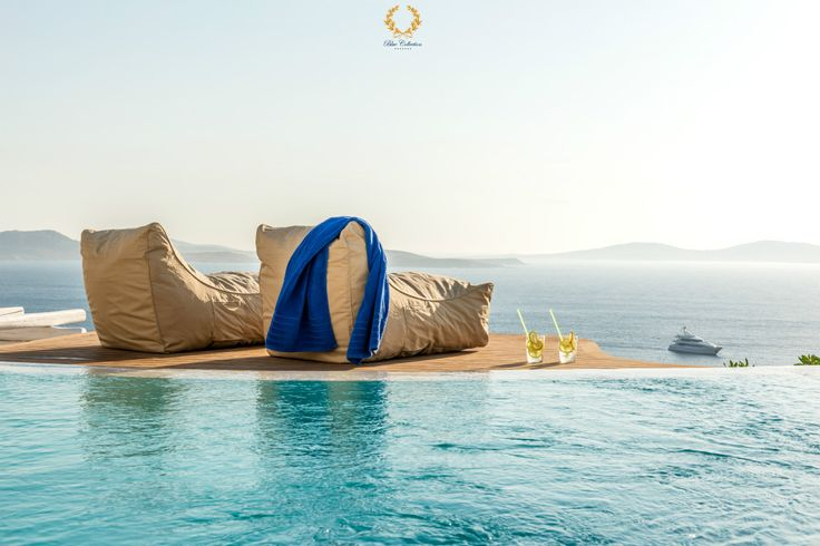 #Mykonos … One of the Top Holiday Destinations #Worldwide !!! Learn More ➲ http://bluecollection.gr/why-mykonos-is-on  Good morning (Kalimera) and HAPPY MONDAY from #BlueCollection #Greece to all our friends. Wishing you a very nice and wonderful day, full of sunny smiles and happy thoughts ....  #Selective #RealEstate #Luxury #Villa #VillaRentals #MykonosVillas #Summer #Mykonos2017 #MMXVII #Summer2017 #Travel #Premium #Concierge #MegaYachts #PrivateJets #Security #CloseProtection #VIP…
