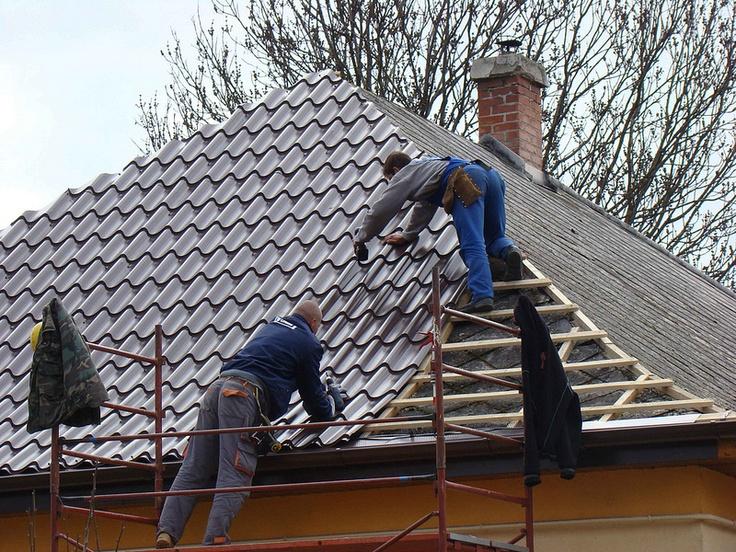 Elöregedő palatetők - a szocializmus egyik legelterjedtebb tetőfedési anyaga volt http://lakbermagazin.hu/epiteszet-hirek/1449-eloregedo-palatetok-a-szocializmus-egyik-legelterjedtebb-tetofedesi-anyaga-volt.html