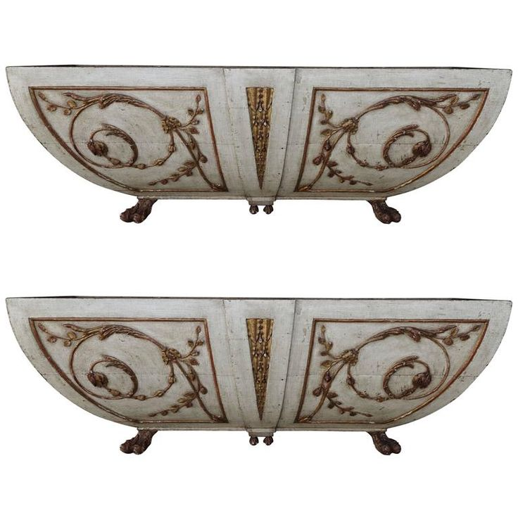 Pair of Italian Painted and Parcel-Gilt Planters | 1stdibs.com