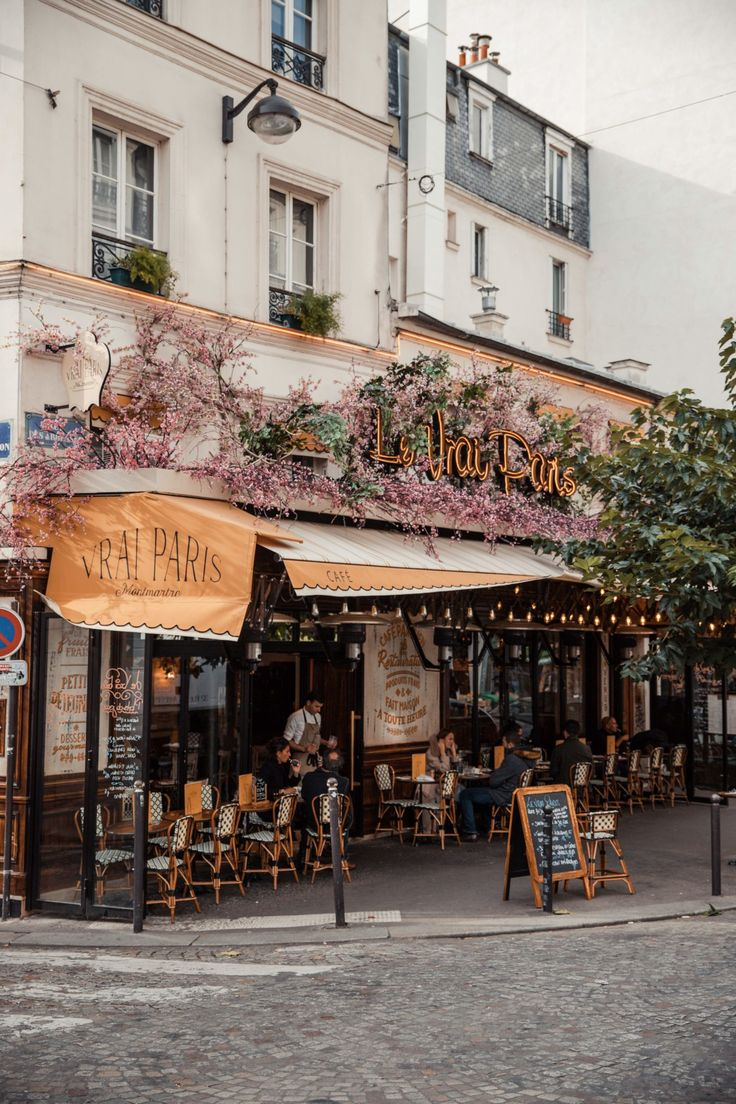 Blogger's Travel Guide to Paris | Top Things to Do and See in Paris