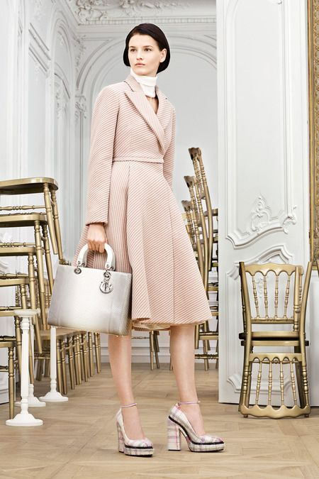 Christian Dior Slideshow on Style.com