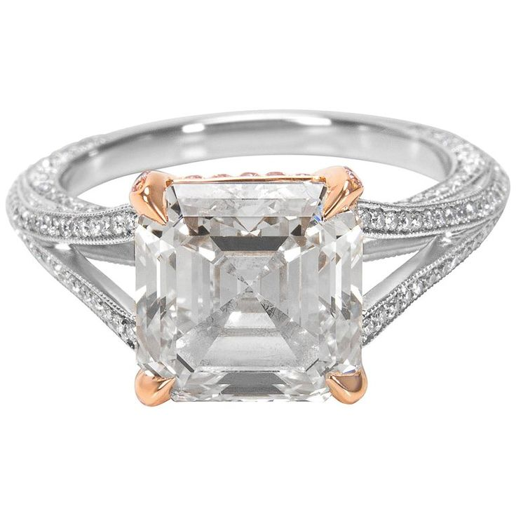 Tiffany and Co. Asscher Cut Diamond Engagement Ring in Platinum, 3.84 Carat For Sale at 1stdibs