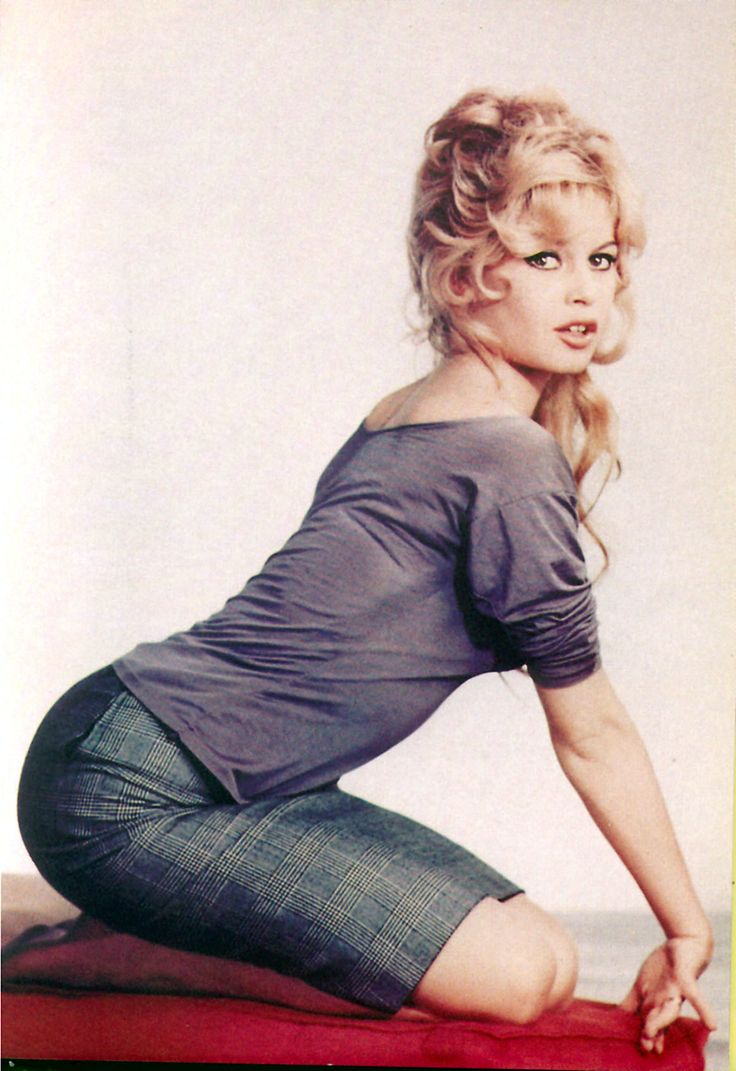 Brigitte Bardot Fashion 102 best Brigitte Bard...
