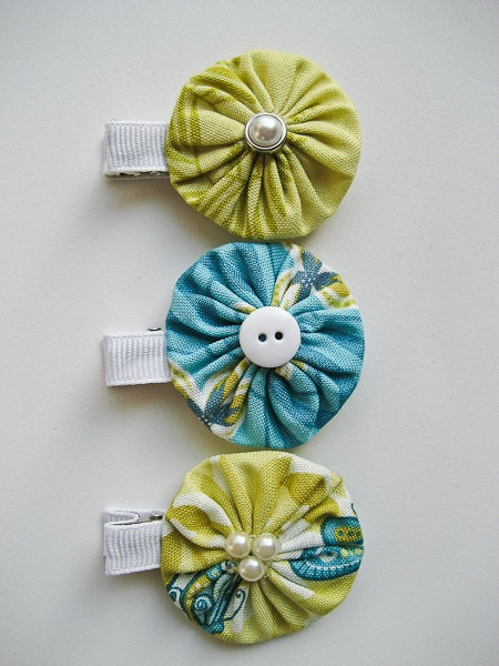 I love these fabric yoyo clips that I sell in my Etsy shop. So cute!