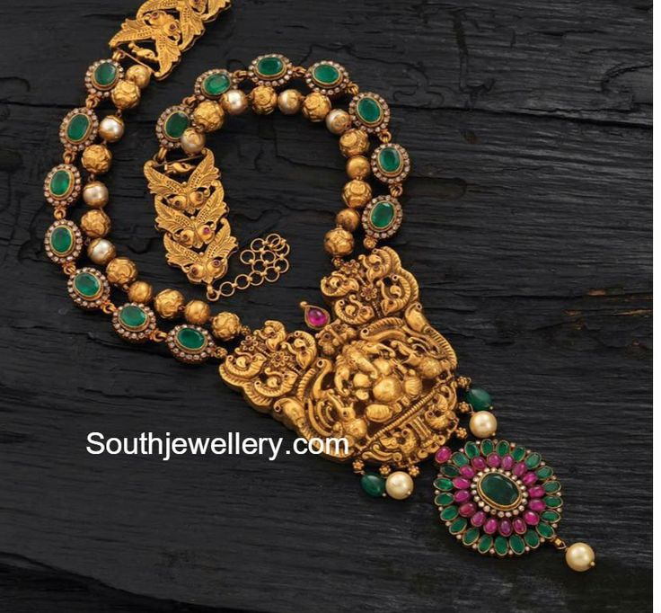 Emerald Necklace with Ganesh pendant photo