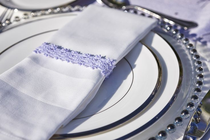 Guipure lace napkin rings