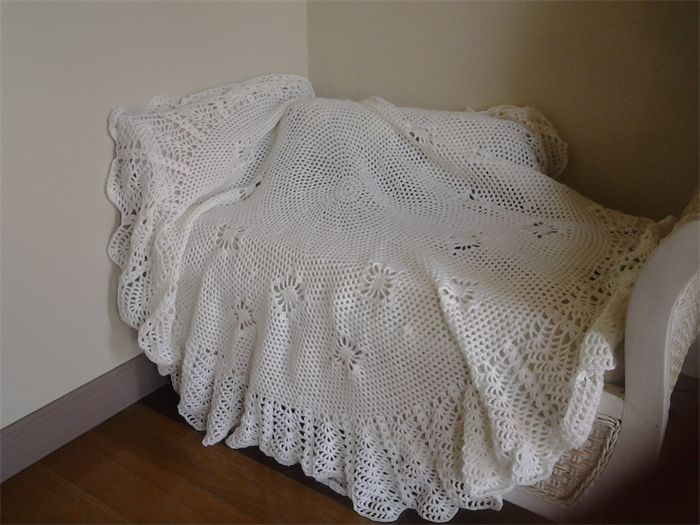 Crochet Baby Blanket Cream circular 130cm diameter   Frilly Daisy   madeit.com.au