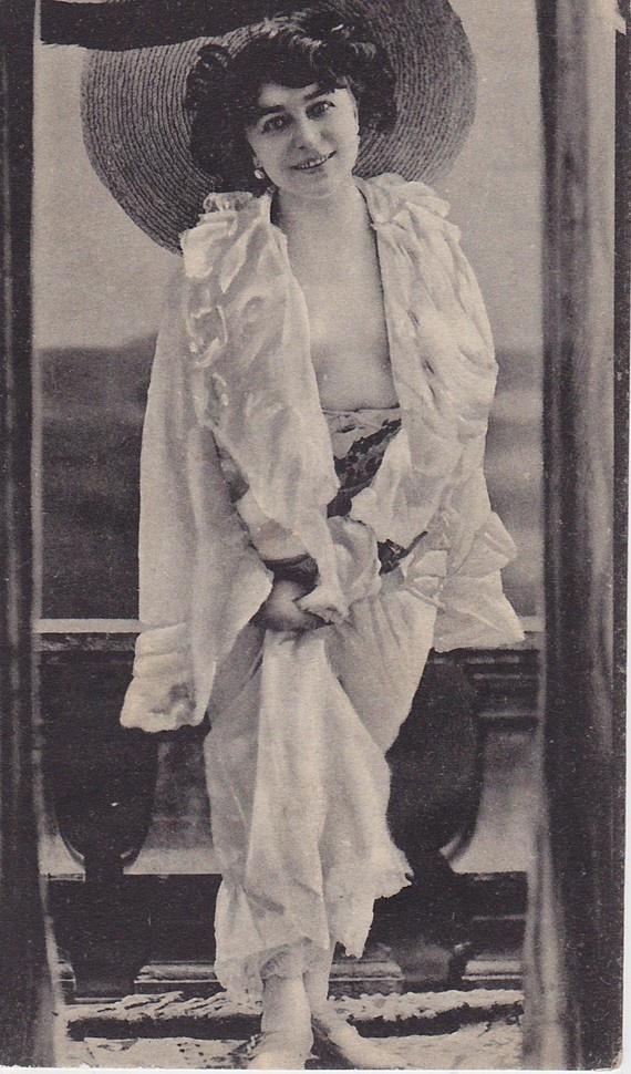 Bathing Beauty from 1911