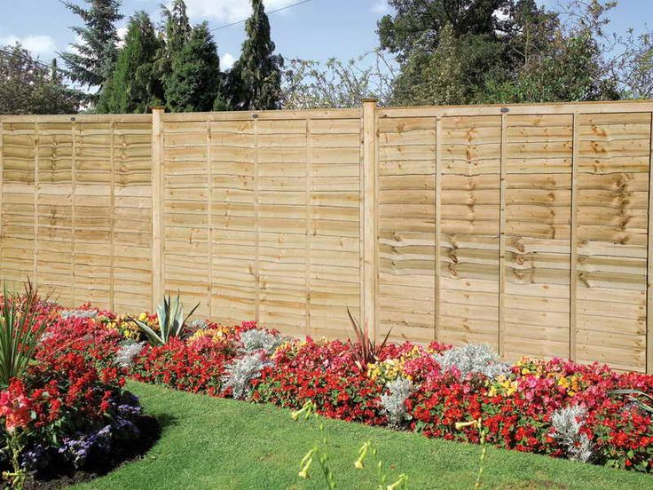 Garden Fence Ideas With Flower Red
