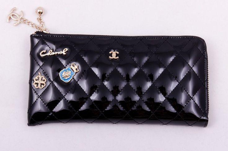 Кошелек Chanel кожаный лакированный, мягкий, со значками, большой. Размер 23х12х2см #19366