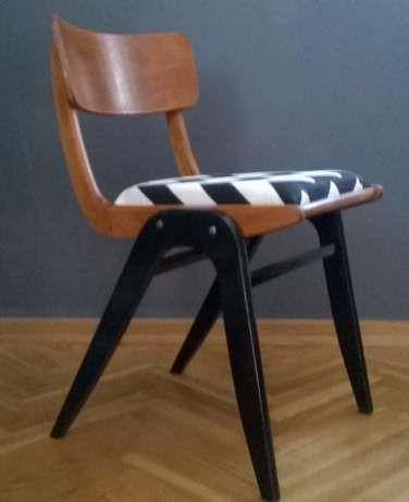 360 zł: Jedno z najbardziej dizajnerskich krzeseł z wczesnych lat komunizmu…