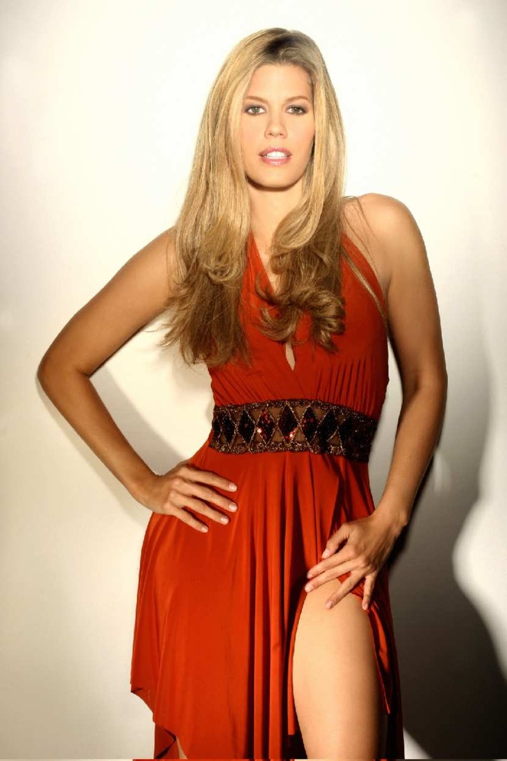Lorna cepeda elegant dresses fashion diva - Fashion diva tv ...