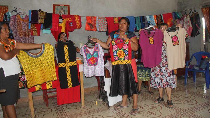 SAN JUAN GUICHICOVI, Oaxaca.- Este pueblo mixe que forma parte de la zona norte del Istmo de Tehuantepec, tiene poco más de 14 mil mujeres, más de la...