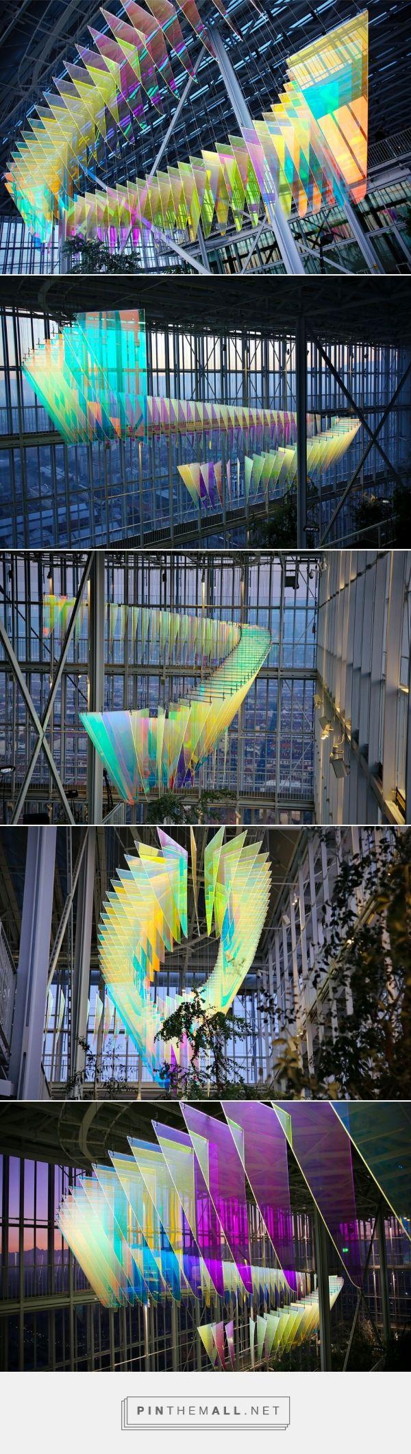 Stunning Light Installation in a Renzo Piano Skycraper
