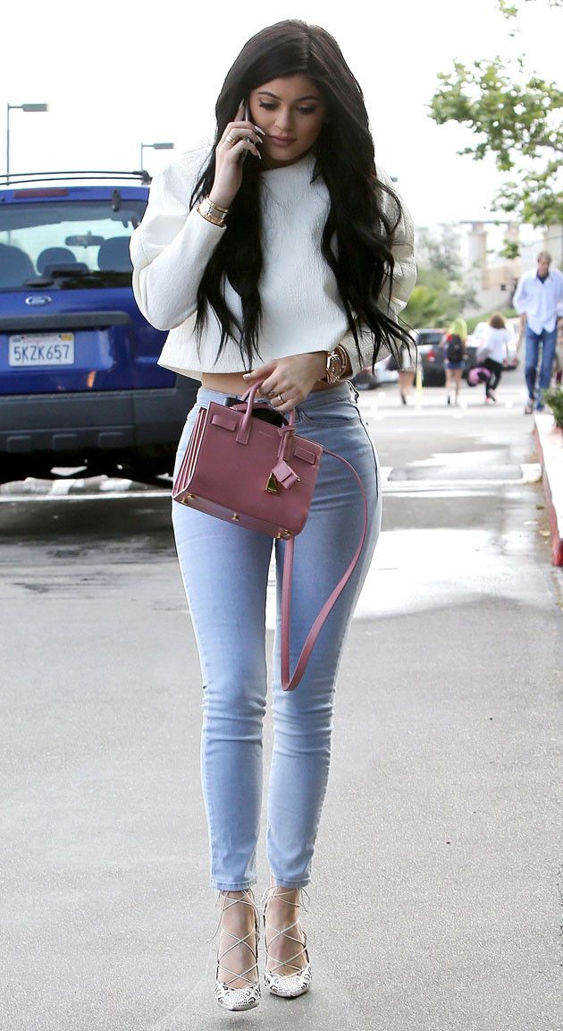 Kylie Jenner, dreamy in denim