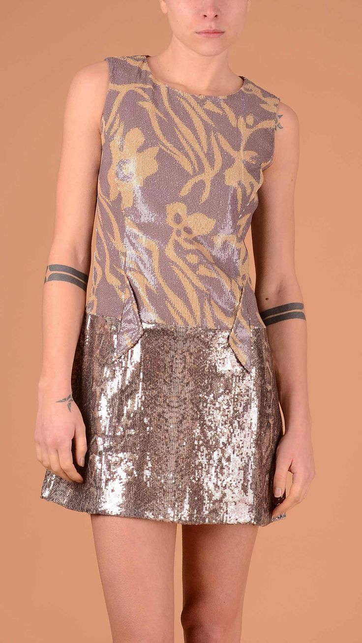 Custo Multicolour sleeveles crew neck sequin dress. 100% polyester.