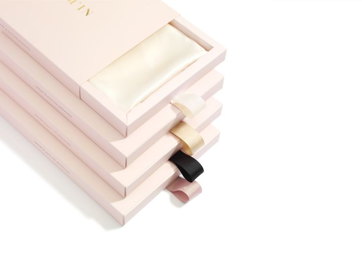 Dream'in_pure silk pillowcase branding on Behance
