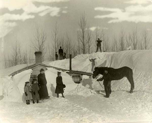 1900-1920 | Unidentified homestead after blizzard  State Archives #B0976