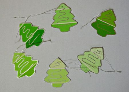 Turn paint swatch charts into cute little DIY Christmas gift tags.