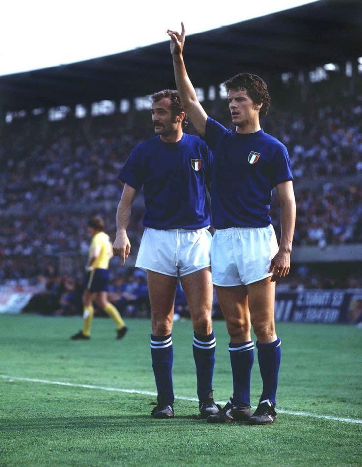 """Fabio Capello (Italy, 1972–1978, 32 caps, 8 goals) and Alessandro """"Sandro"""" Mazzola (Italy, 1963–1974, 70 caps, 22 goals)."""