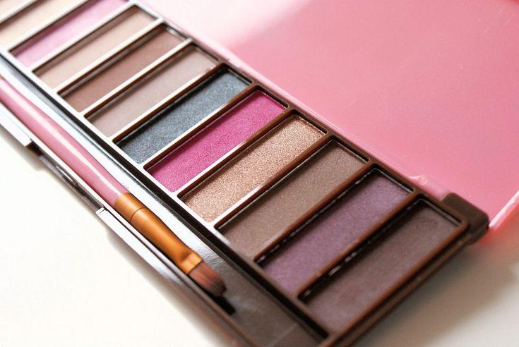 Test tanich kosmetyków do makijażu: paletka Lovely Belle Naturelle