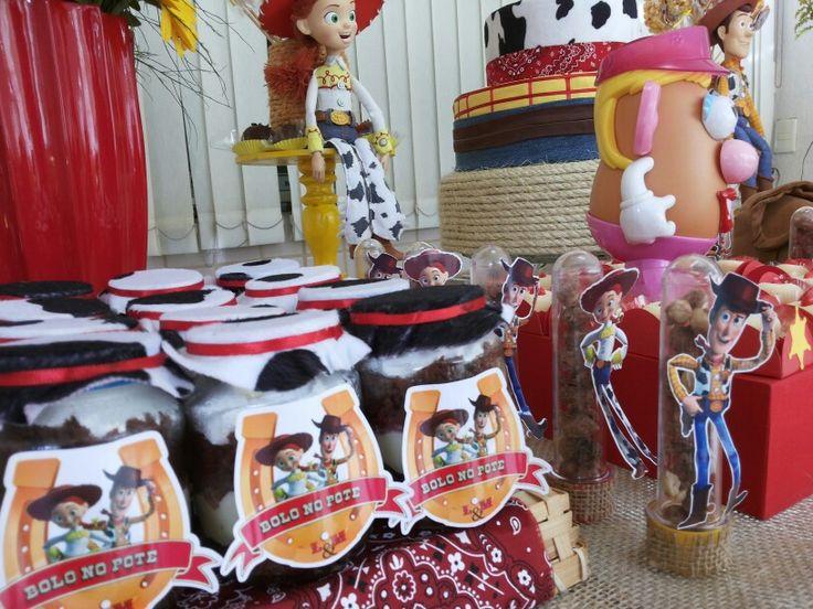 Decoração festa Woody e Jessie (Toy Story) - Bolo no Pote e Tubete