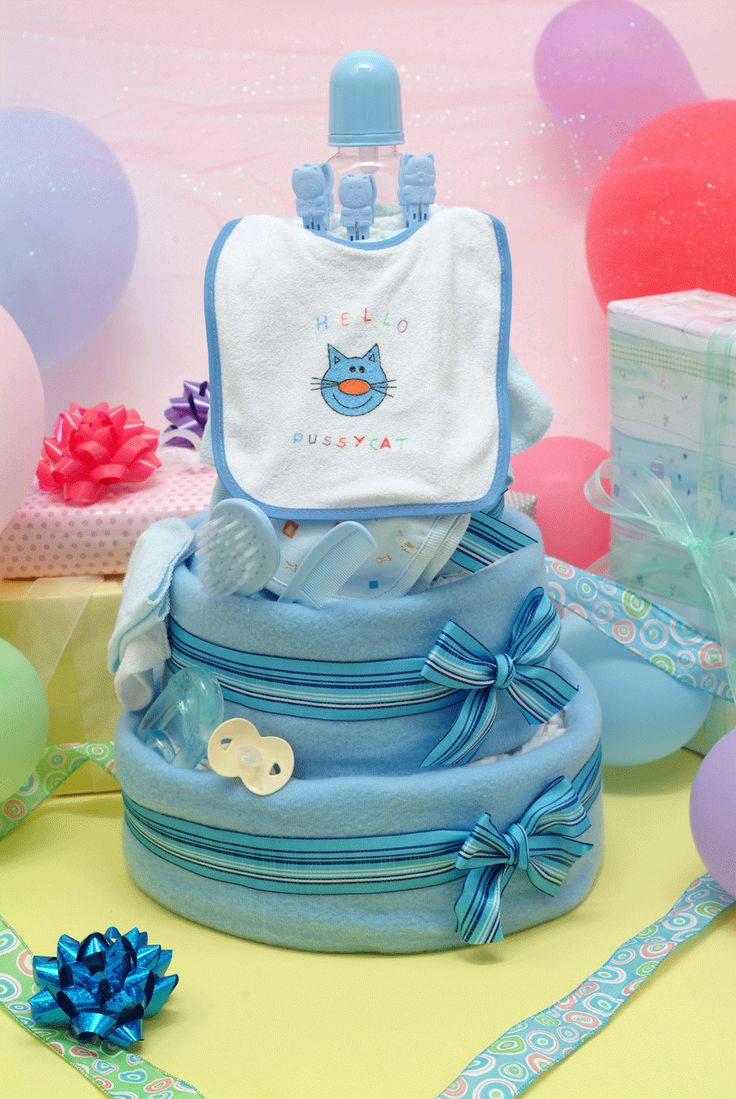 202 best images about babyshower on pinterest baby for Baby diaper cake decoration
