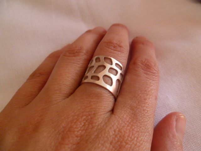 Ring isnpired by Gorgonia Coral, hand-made, silver-plating.