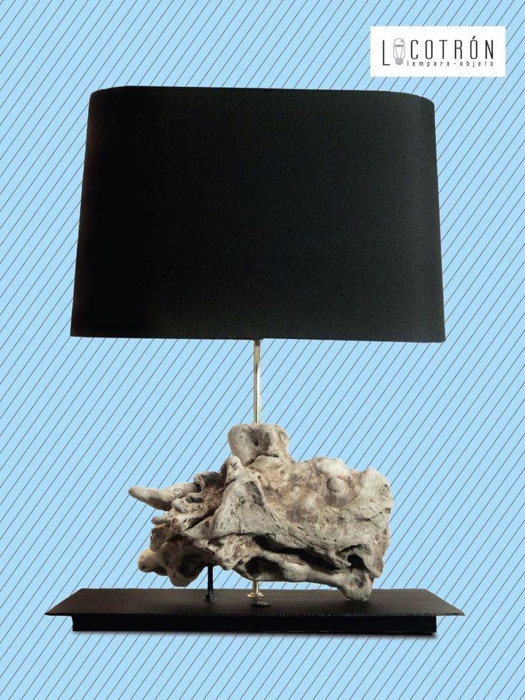Colección: Raíces del Mar Modelo: A Dimensiones: Altura 65 cm Ancho 40 cm Fondo 30 cm Encendido: Touch Precio: $2800