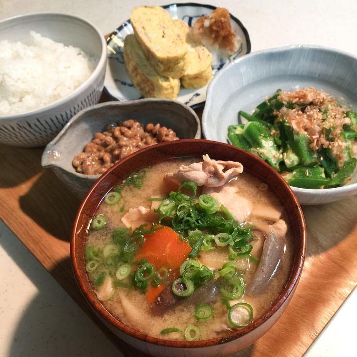 2週間の海外出張から帰ってきた家族。毎度おなじみの豚汁でおかえりなさい。 http://okazushokudo.net/post/146433624809 by https://j.mp/Tumbletail