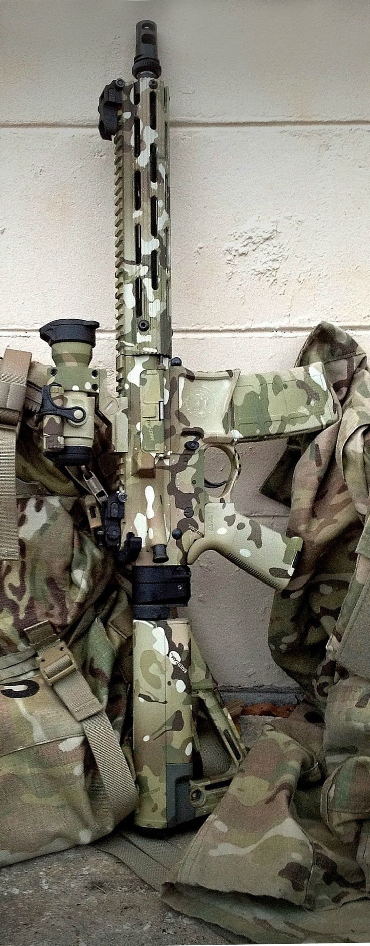 Latest Military Technology Reviews, News and Tactical Equipments @ http://www.militaryarm.comLoading that magazine is a pain! Get your Magazine speedloader today! http://www.amazon.com/shops/raeind