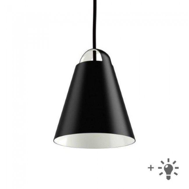 Zijn minimalistische en moderne uitstraling heeft de Above 250 hanglamp van Louis Poulsen te danken aan zijn eenvoudige kleur en strakke design. De matte witte binnenkant en het conische design van de lamp dragen bij aan een gelijkmatige verspreiding van het licht en de opening aan de bovenkant zorgt ervoor dat de boog bovenop de lamp op een decoratieve wijze wordt verlicht. #lightbrands #louispoulsen #hanglamp #suspension #above250 #design #homedeco #inspiration