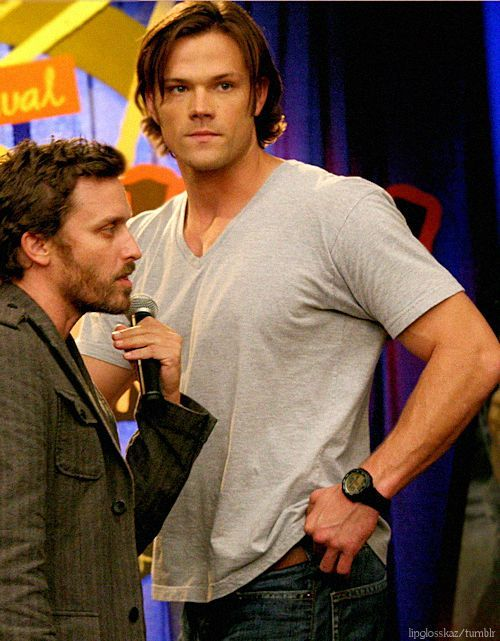 Supernatural BTS of The Real Ghostbusters - Jared looks huge. Wait...Jared IS huge! LOL ^_^ #Jared Padalecki #Rob Benedict                                                                                                                                                     More